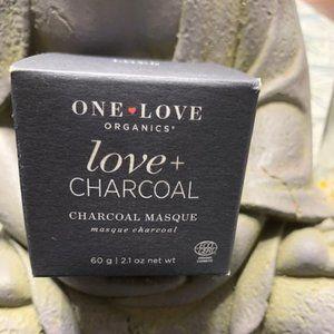 🦄🦄🦄NIB One Love Organics love + charcoal masque